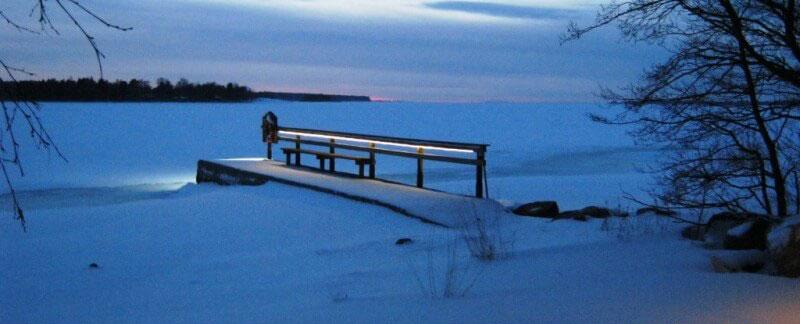Lomamökki Santtis- Laituri talvella